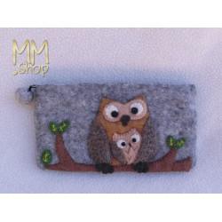 Felt pencil case with owls