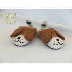 Felt slipper model dog low