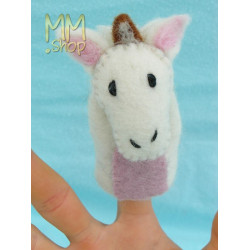 Felt fingerpuppet model Goat