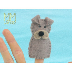 Felt fingerpuppet model Dog