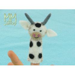 Felt fingerpuppet model Bull